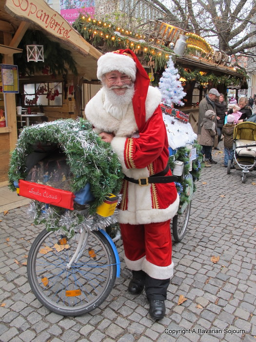 Sunday Photo – Father Christmas Munich