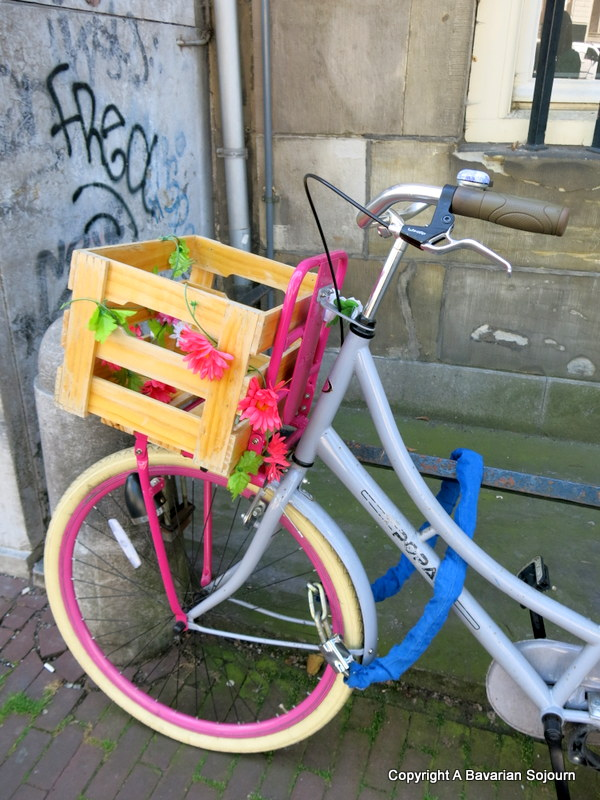 Sunday Photo – Pink Bike Amsterdam