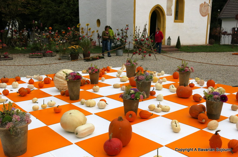 pumpkin chess