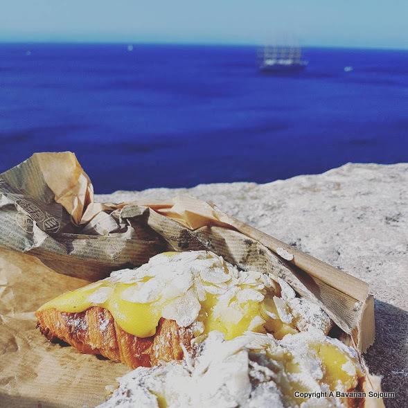almond croissants corsica