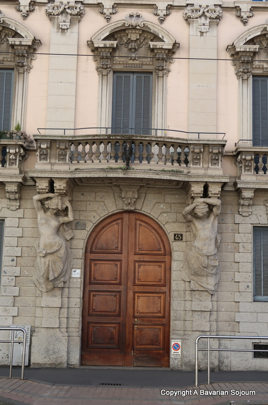 milan doorway