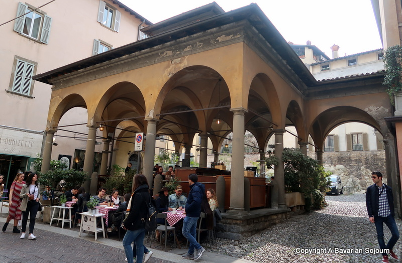 old square bergamo