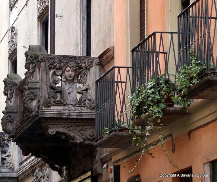 pavia balcony