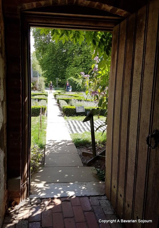 secret gardens mottisfont