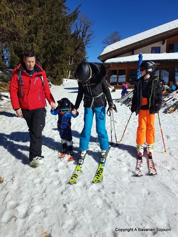 teaching your toddler to ski