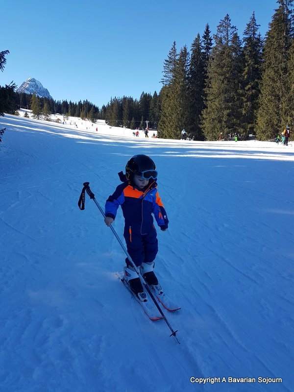 how to teach your toddler to ski