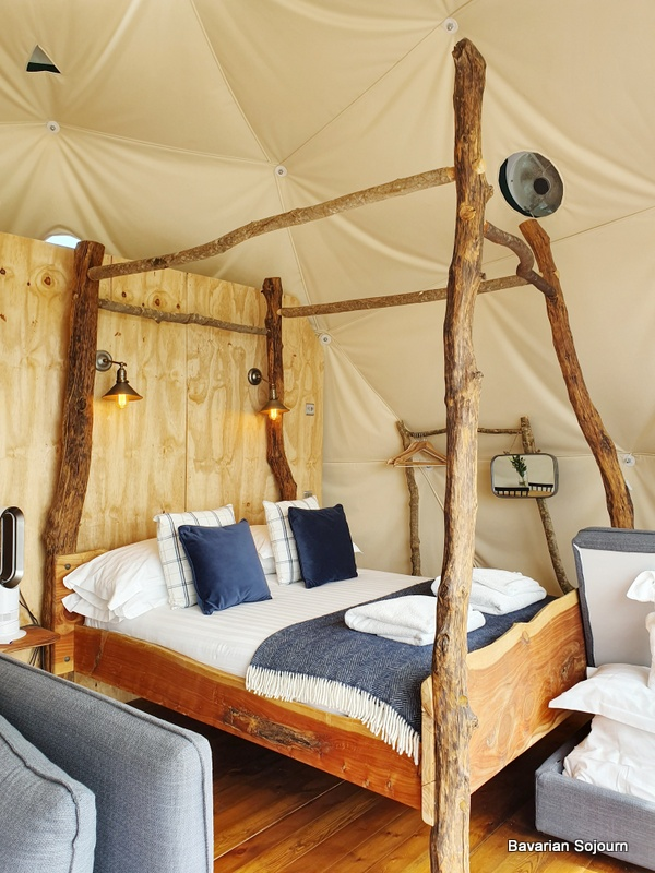 Toms Eco Lodge Four Poster Bed