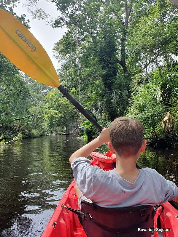 Kayaking Weeki Wachee Spring