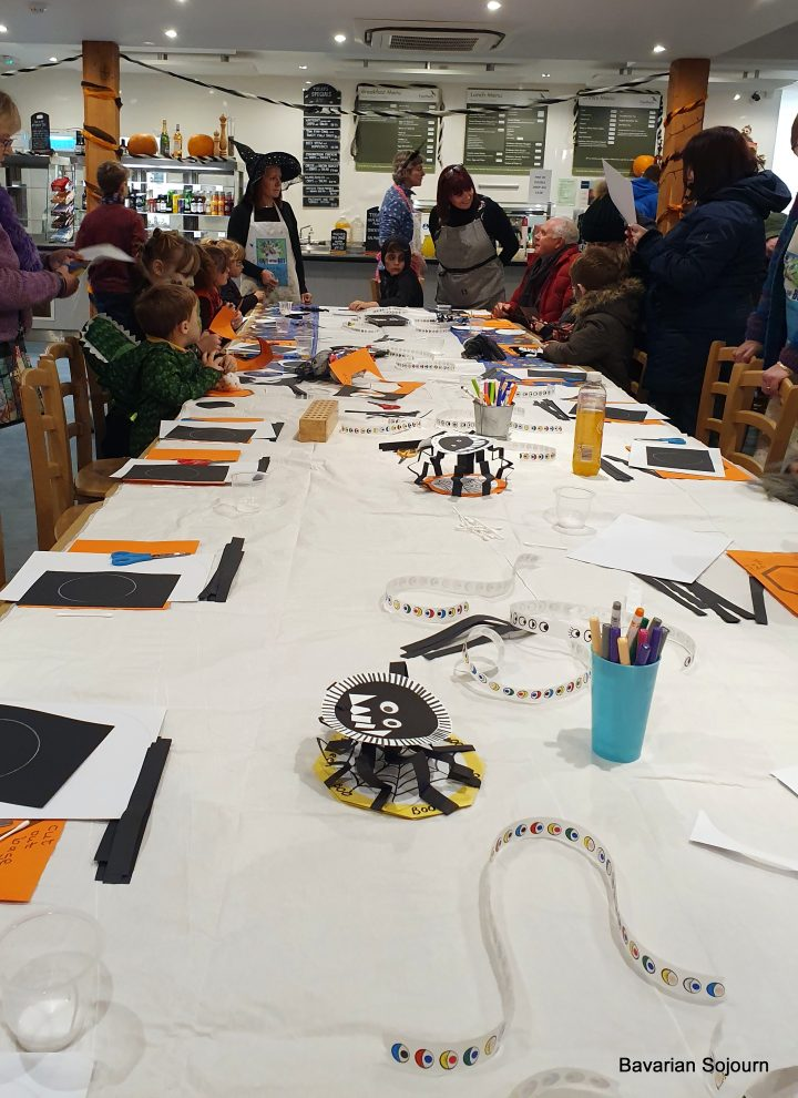 owloween crafts at the hawk conservancy