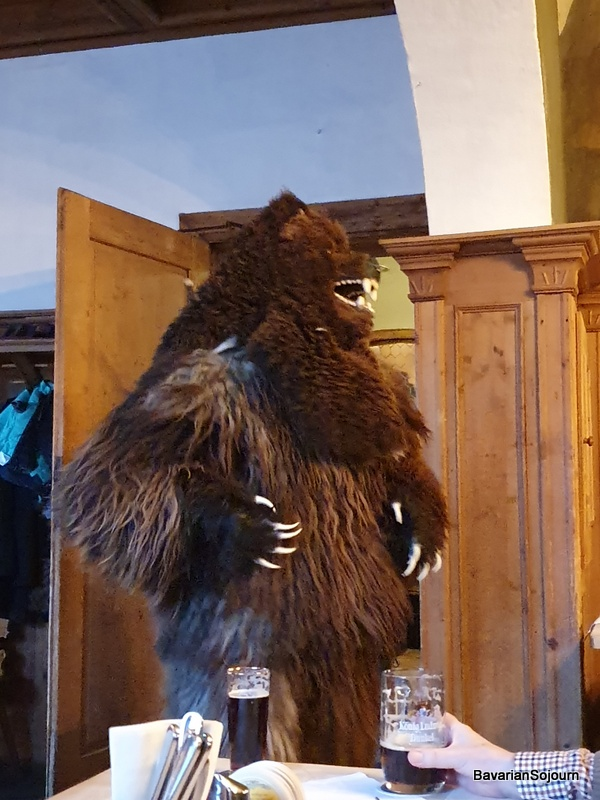bear fasching garmisch