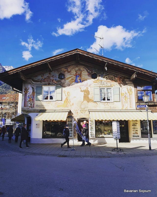 Wolpertinger shop garmisch