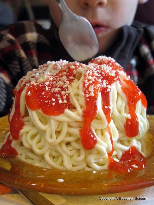 Biding Time – Spaghetti Eis