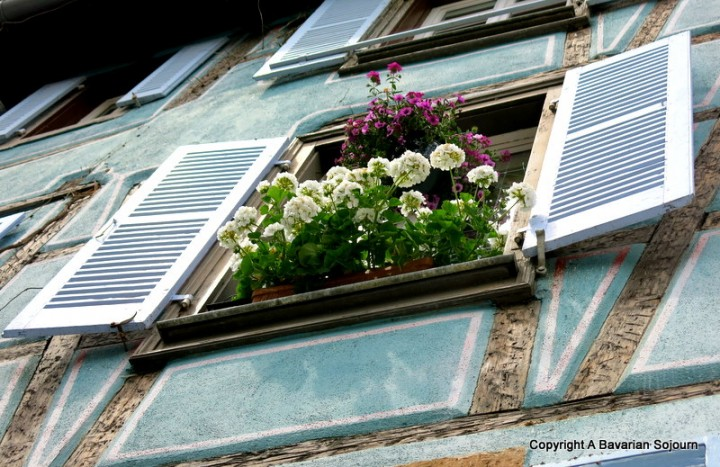 Sunday Photo – Colmar Window