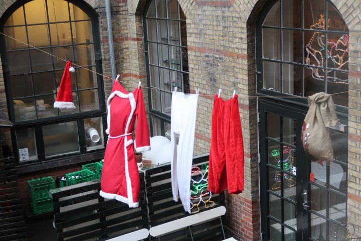 Sunday Photo – Santa's Washing Day