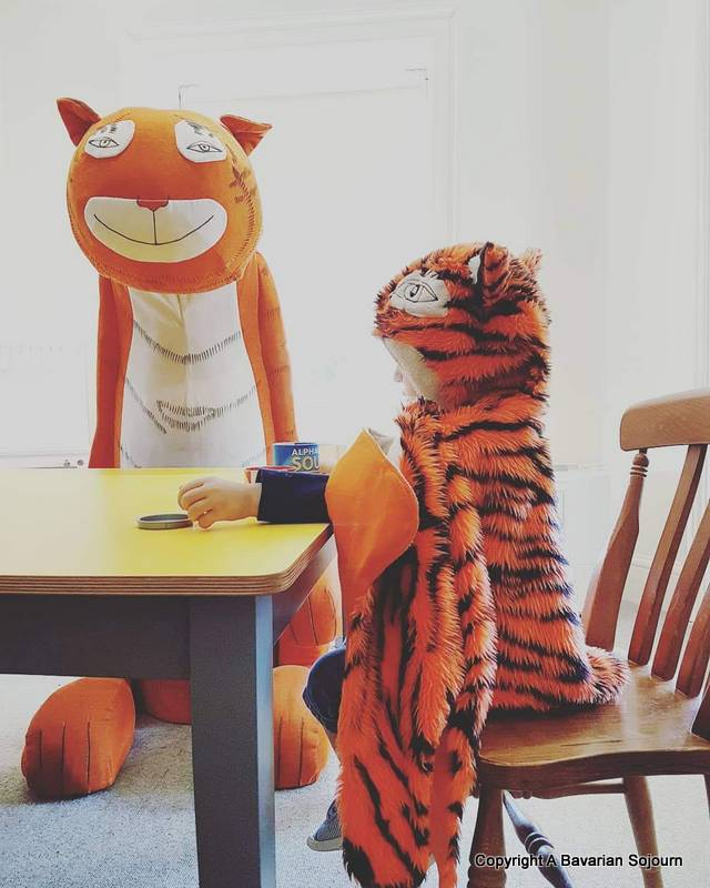 Sunday Photo – Two Tigers Who Came To Tea
